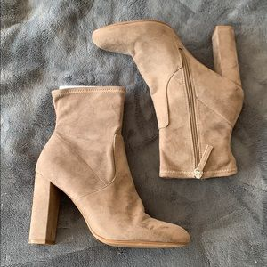 Steve Madden Edit Bootie in Taupe - 9.5